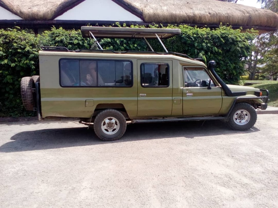 Kigali Airport Taxi Rwanda Transport to Volcanos Gorilla Park